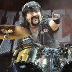 Zomrel ďalší člen legendárnej PANTERY, bubeník Vinnie Paul