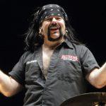 Zverejnili príčinu smrti Vinnieho Paula: Legendárny bubeník mal problémy so srdcom