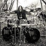 Šokujúca správa. Zomrel uznávaný bubeník Joey Jordison